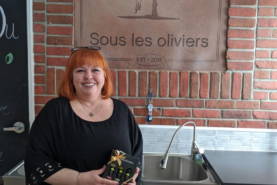 Blogue Tourisme Vaudreuil-Soulanges: Portrait de femme Josée Nadeau de Sous les Oliviers